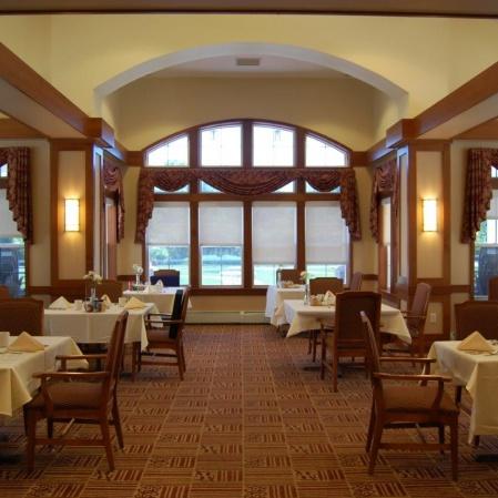 Seabury diningroom3